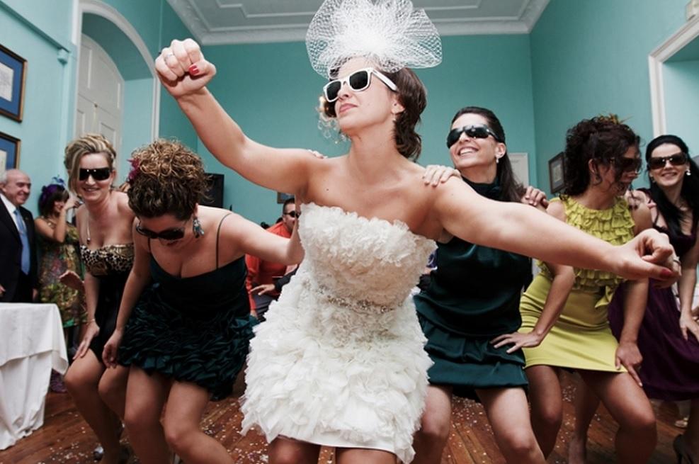 La moda de sorprender en las bodas (II)